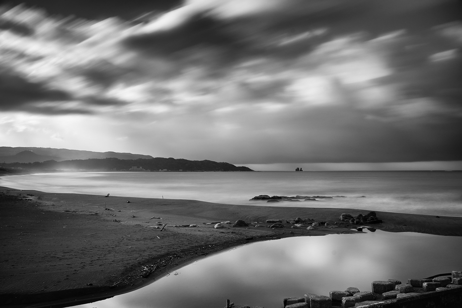 BW landscape in long exposure