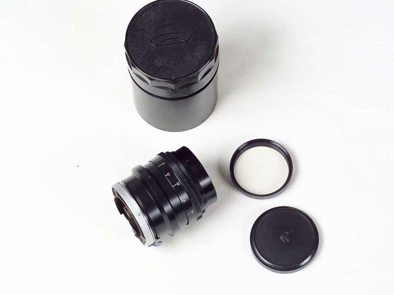 Jupiter-9 85mm f2.0 telephoto lens in Contax / Kiev lens mount