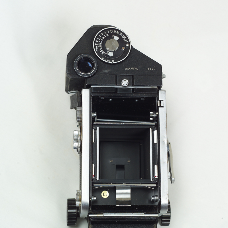 (Sold) Mamiya C33 Professional TLR with CDS exposure meter finder